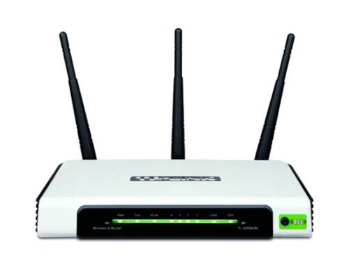 TP-Link Router WiFi N - TL-WR940N (v4; 450Mbps, 2,4GHz; 4port 100Mbps; 3x3MIMO; fix 5dBi antenna)